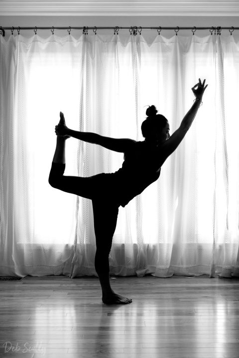 Lord of the Dance pose in Nashville yoga photographer branding session in Nashville TN with Whitney Korman